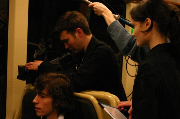 """Bryan Eliason, Jérémy Zucchi et Clémentine Delignières sur le tournage du court-métrage """"Une Meilleure Jeunesse"""" (2006)"""